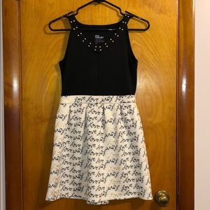 Juniors Black Dress fit and flare